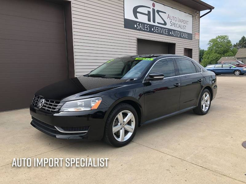 2012 Volkswagen Passat for sale at Auto Import Specialist LLC in South Bend IN