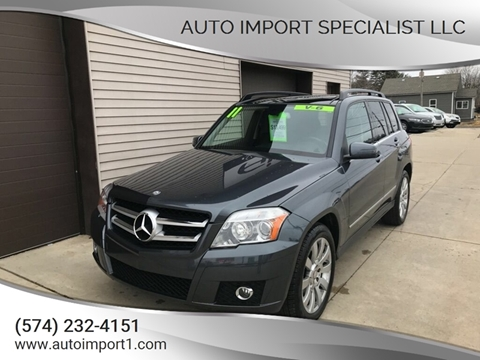 2011 Mercedes-Benz GLK for sale at Auto Import Specialist LLC in South Bend IN