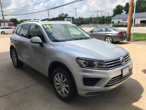 2016 Volkswagen Touareg for sale at Auto Import Specialist LLC in South Bend IN