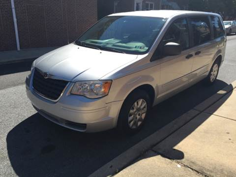 2008 Chrysler Town and Country for sale in Darby, PA
