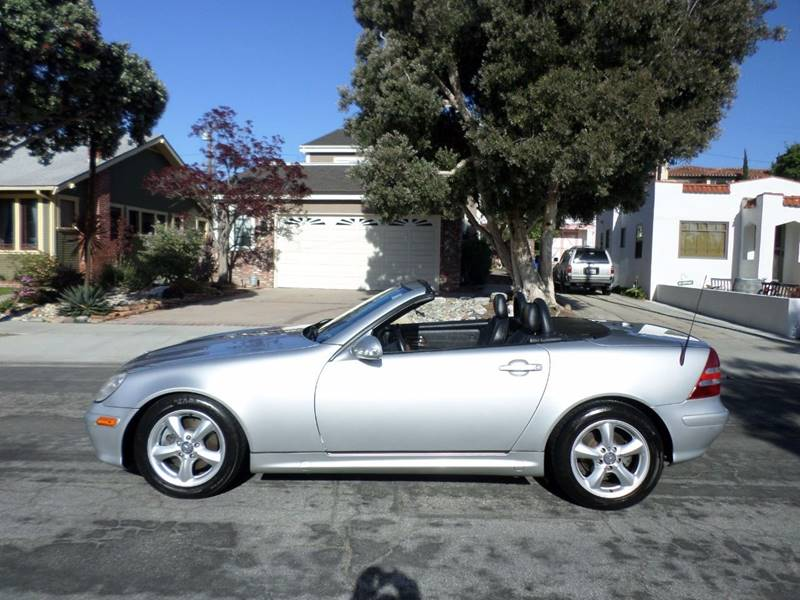 2004 Mercedes-Benz SLK for sale at RonRoss Motors - Current Inventory in Redondo Beach CA