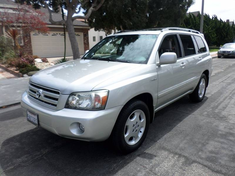 2005 Toyota Highlander for sale at RonRoss Motors - Current Inventory in Redondo Beach CA