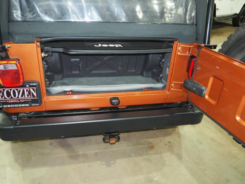 2001 Jeep Wrangler SE 4WD 2dr SUV - Montclair NJ