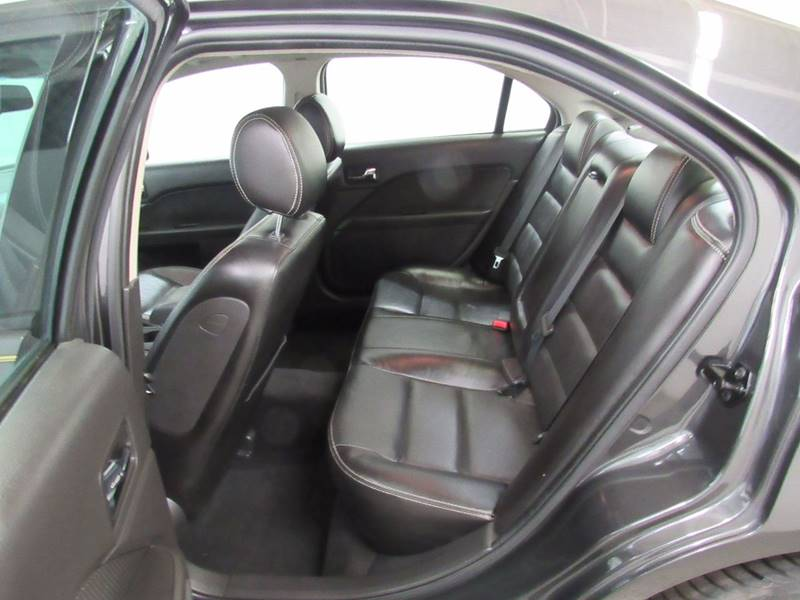 2007 Ford Fusion for sale at Premier Automotive Group in Milford OH
