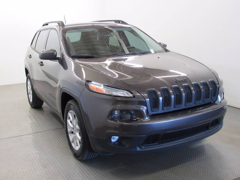 2014 Jeep Cherokee for sale at Premier Automotive Group in Milford OH