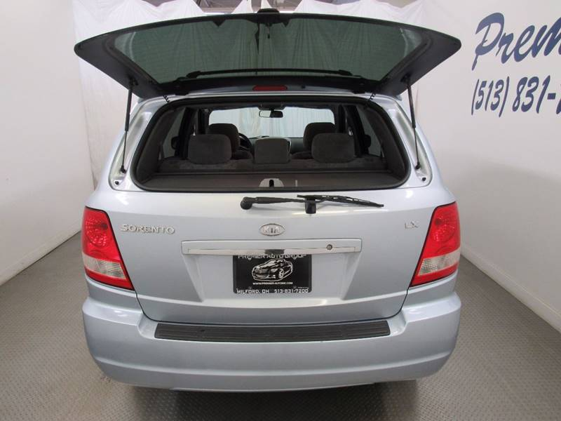 2005 Kia Sorento for sale at Premier Automotive Group in Milford OH