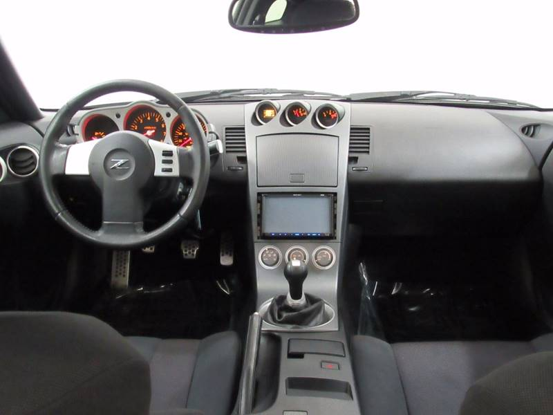 2003 Nissan 350Z for sale at Premier Automotive Group in Milford OH