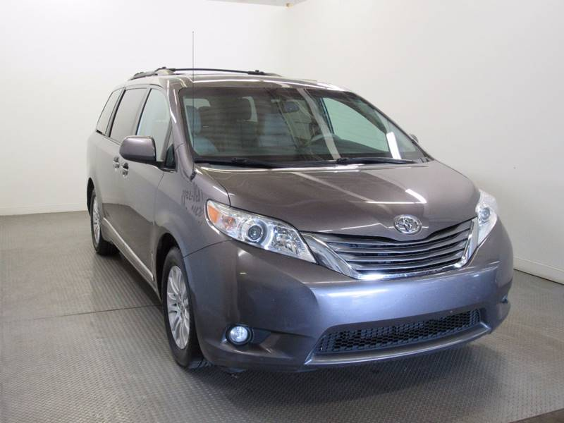 2013 Toyota Sienna for sale at Premier Automotive Group in Milford OH
