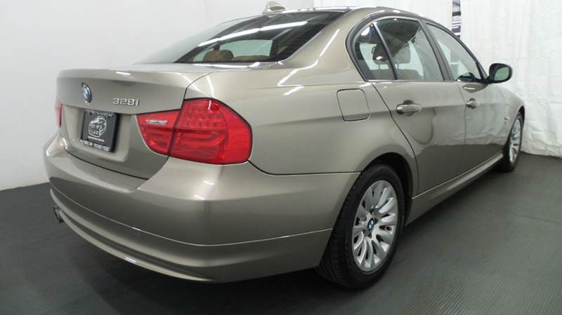 2009 BMW 3 Series for sale at Premier Automotive Group in Milford OH