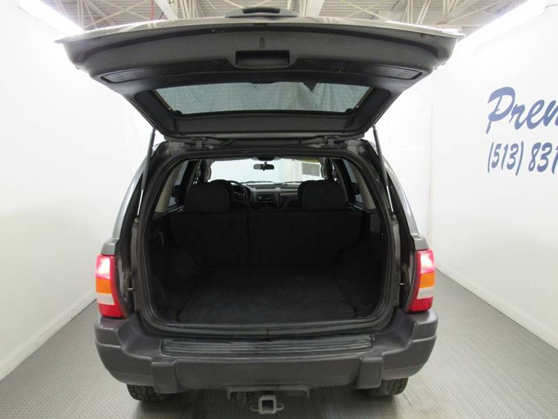 2004 Jeep Grand Cherokee for sale at Premier Automotive Group in Milford OH