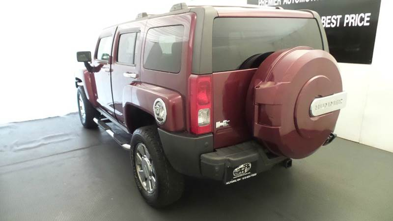 2007 HUMMER H3 for sale at Premier Automotive Group in Milford OH