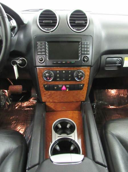 2006 Mercedes-Benz M-Class for sale at Premier Automotive Group in Milford OH