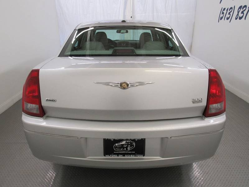 2006 Chrysler 300 for sale at Premier Automotive Group in Milford OH