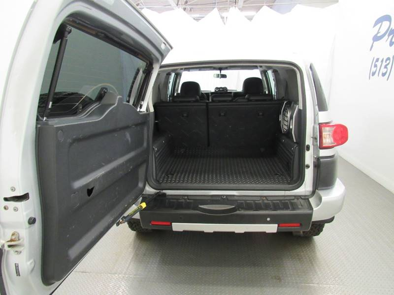 2007 Toyota FJ Cruiser for sale at Premier Automotive Group in Milford OH