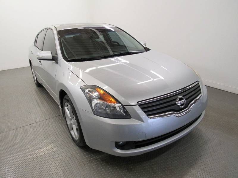 2007 Nissan Altima for sale at Premier Automotive Group in Milford OH