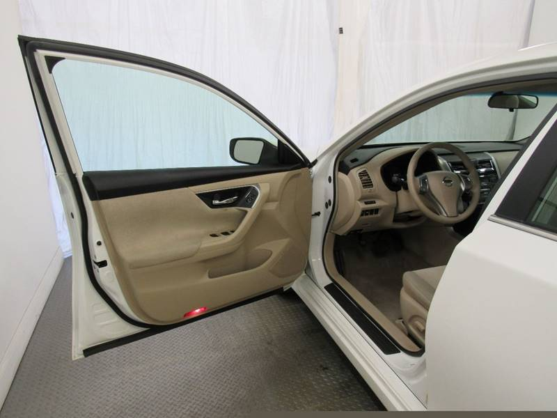 2013 Nissan Altima for sale at Premier Automotive Group in Milford OH