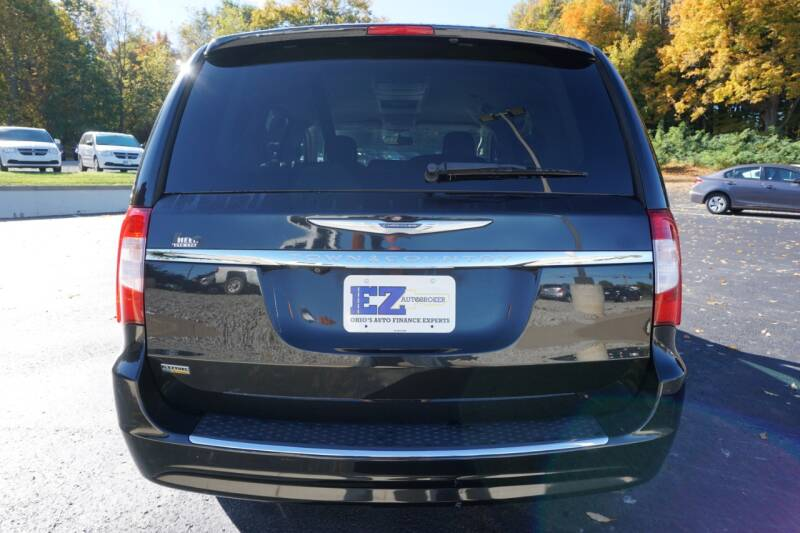 2015 Chrysler Town and Country Touring 4dr Mini-Van - Mount Vernon OH