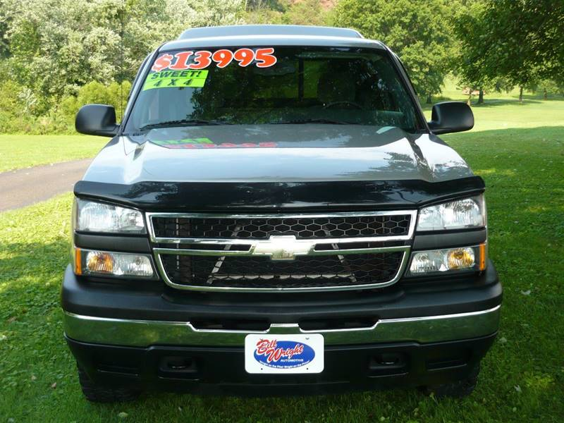 2006 Chevrolet Silverado 1500 Work Truck 2dr Regular Cab 4WD 6.5 ft. SB - Marietta OH