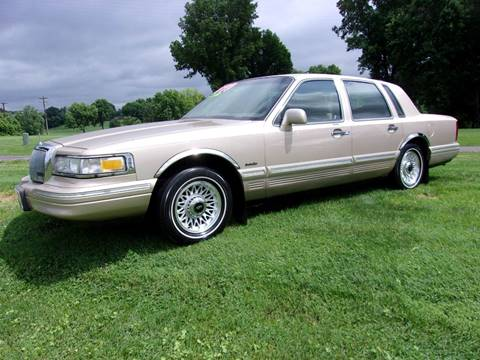 1997 Lincoln Town Car For Sale In Putnam Ct Carsforsale Com