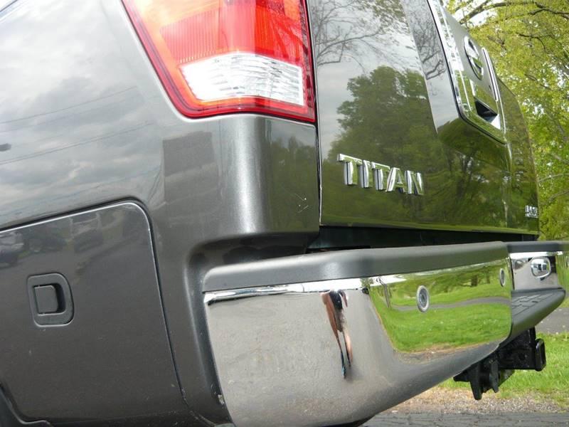 2010 Nissan Titan 4x4 SE 4dr Crew Cab SWB Pickup - Marietta OH