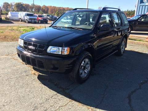 2000 Isuzu Rodeo for sale at Lighthouse Truck and Auto LLC in Dillwyn VA