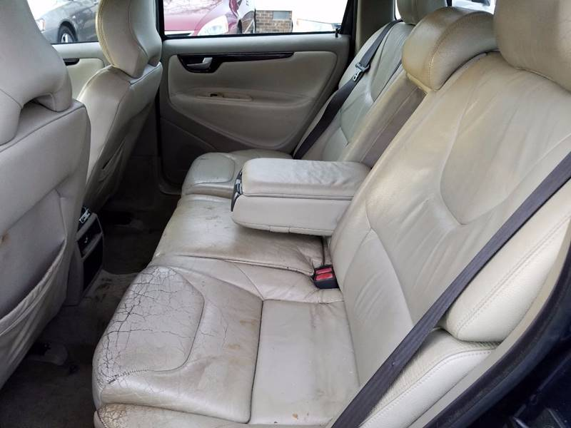 2004 Volvo V70 2.4 4dr Wagon - Thomasville NC