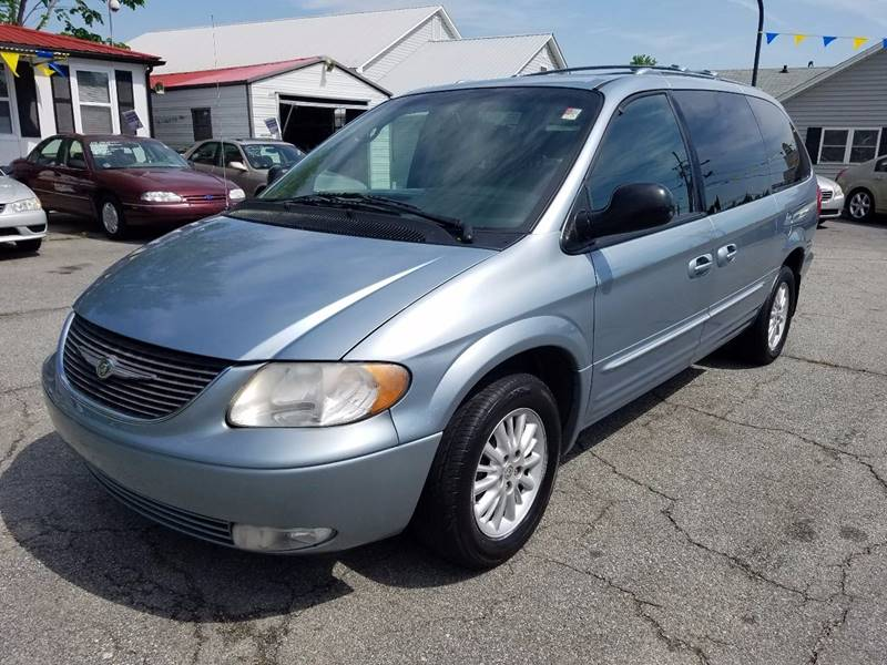 2004 Chrysler Town and Country Limited 4dr Extended Mini-Van - Thomasville NC