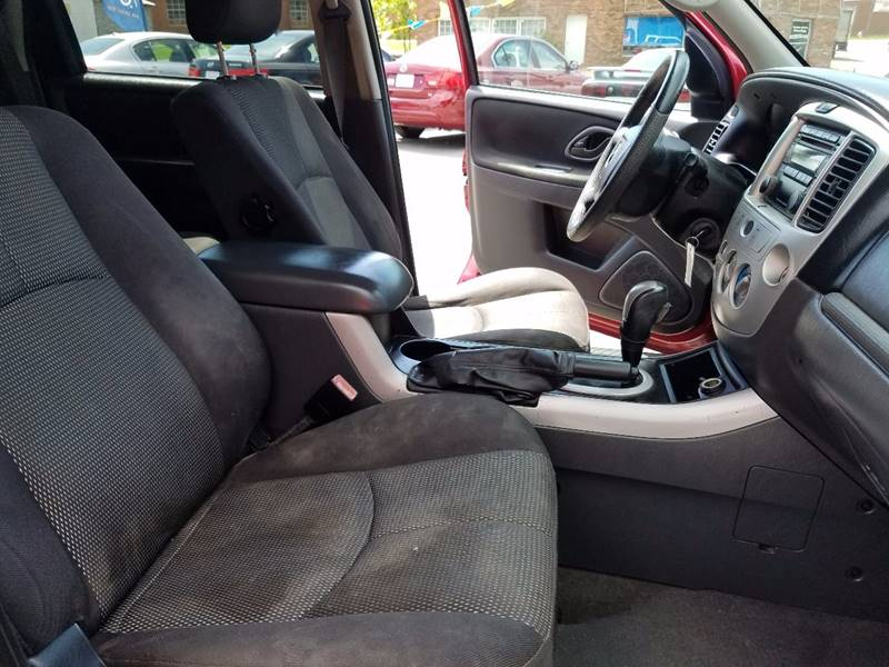2005 Mazda Tribute s 4dr SUV - Thomasville NC