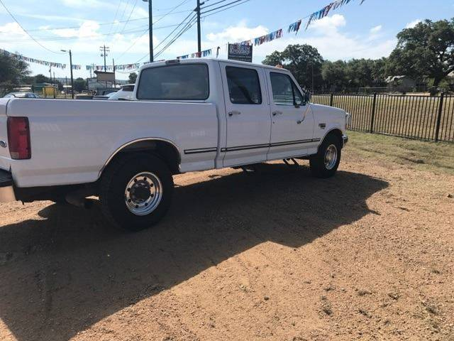 1997 Ford F-250 4dr XL Crew Cab SB HD - Burnet TX