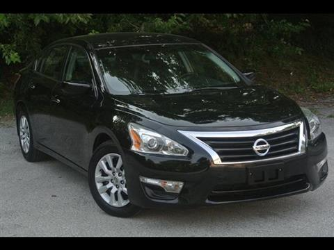 2013 Nissan Altima for sale in Kansas City, KS