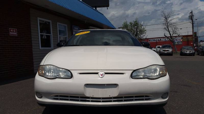 2003 Chevrolet Monte Carlo LS 2dr Coupe - Holyoke MA