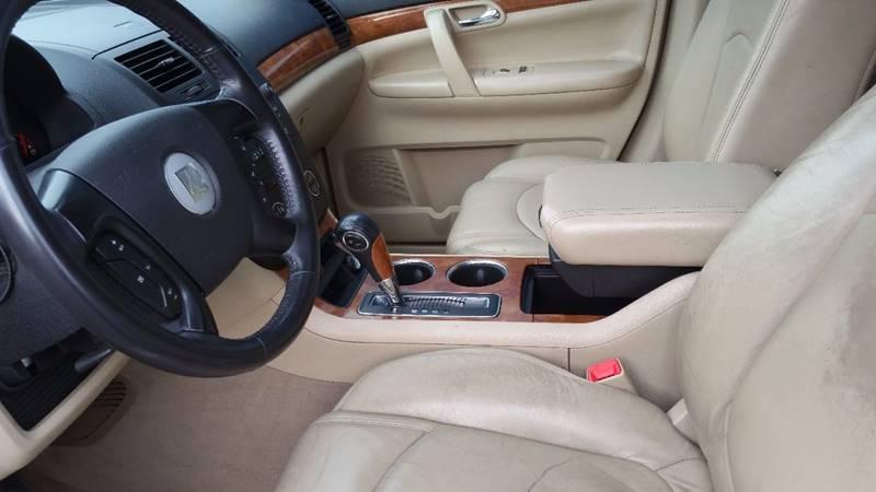 2007 Saturn Outlook AWD XR 4dr SUV - Holyoke MA