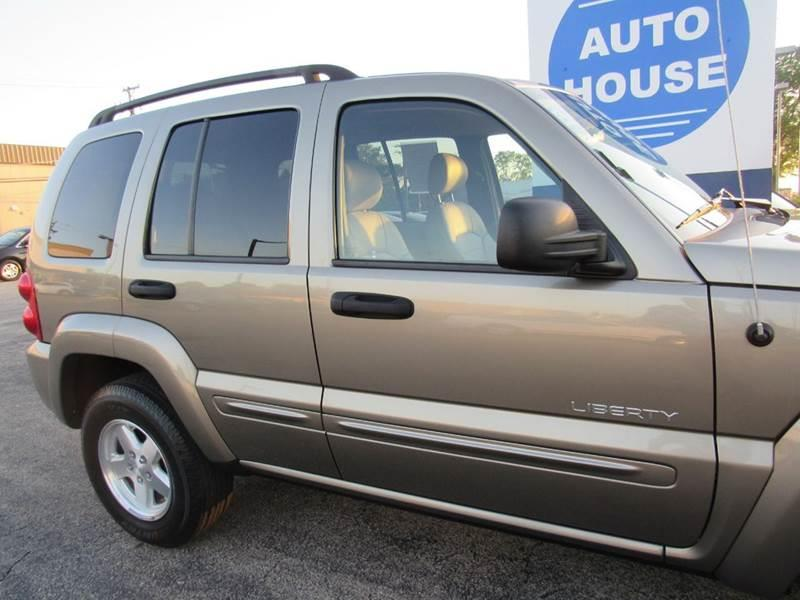 2004 Jeep Liberty for sale at Auto House Motors in Downers Grove IL