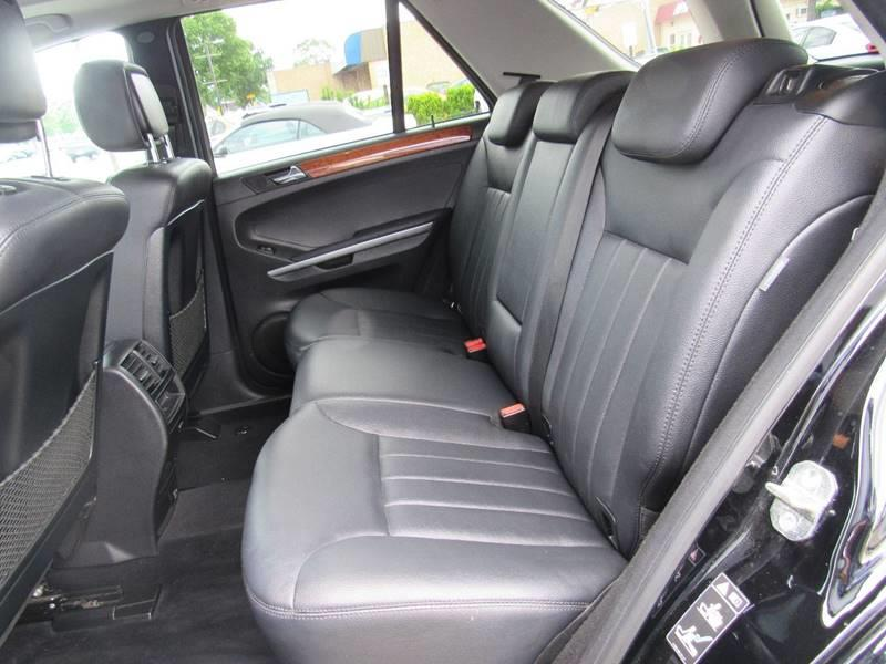2007 Mercedes-Benz M-Class for sale at Auto House Motors in Downers Grove IL