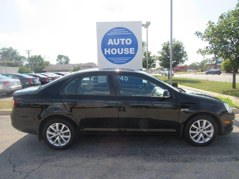 2010 Volkswagen Jetta for sale at Auto House Motors in Downers Grove IL