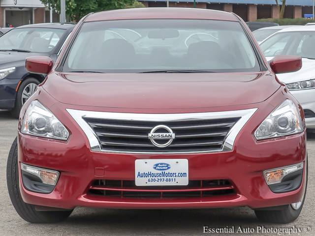 2015 Nissan Altima for sale at Auto House Motors in Downers Grove IL