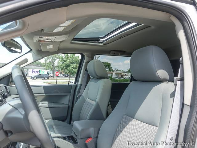 2005 Jeep Grand Cherokee for sale at Auto House Motors in Downers Grove IL