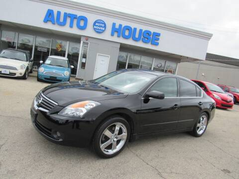 2009 Nissan Altima for sale at Auto House Motors in Downers Grove IL