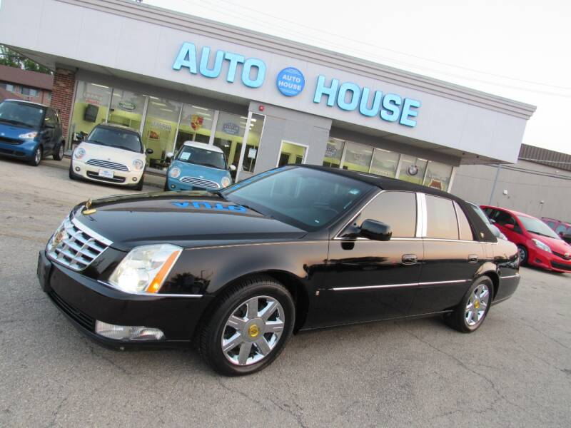 2007 Cadillac DTS for sale at Auto House Motors in Downers Grove IL