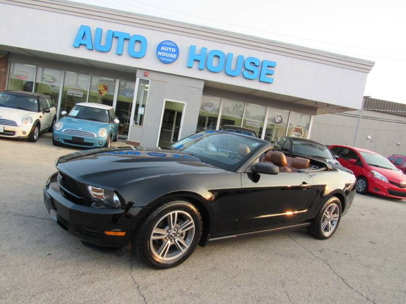 2010 Ford Mustang for sale at Auto House Motors in Downers Grove IL