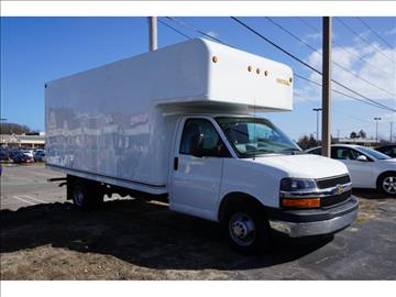 2017 Chevrolet Express Cutaway for sale in Plymouth, MA