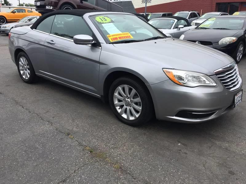 chrysler convertible limited veh contact in hasbrouck
