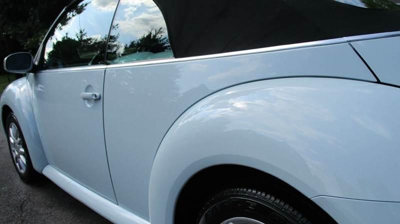 2005 Volkswagen New Beetle GLS 2dr Convertible - Bronx NY