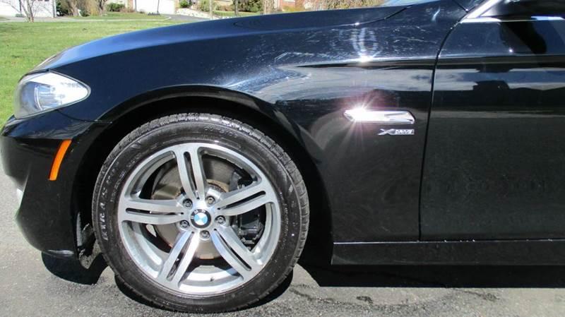2011 BMW 5 Series AWD 550i xDrive 4dr Sedan - Bronx NY