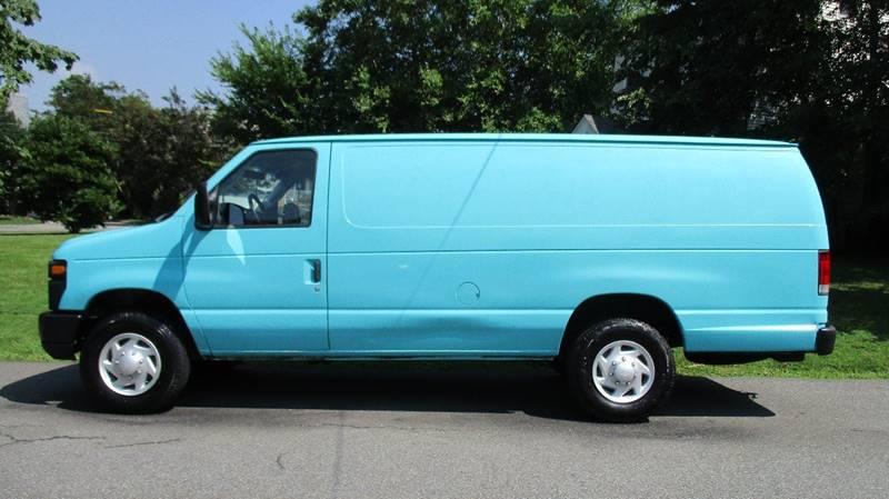 2008 Ford E-Series Cargo E-350 SD 3dr Extended Cargo Van - Bronx NY