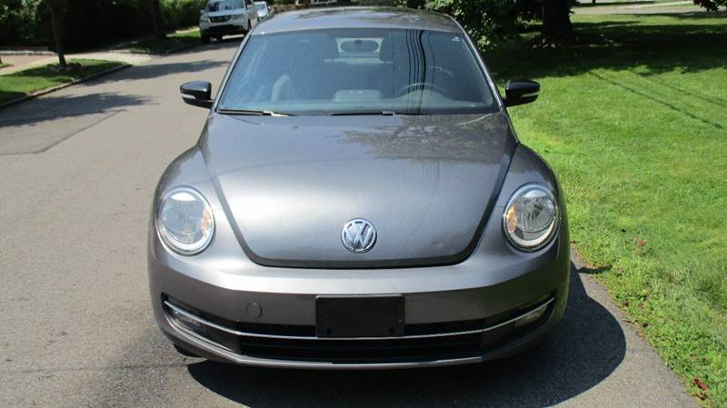 2012 Volkswagen Beetle Turbo PZEV 2dr Coupe 6M - Bronx NY