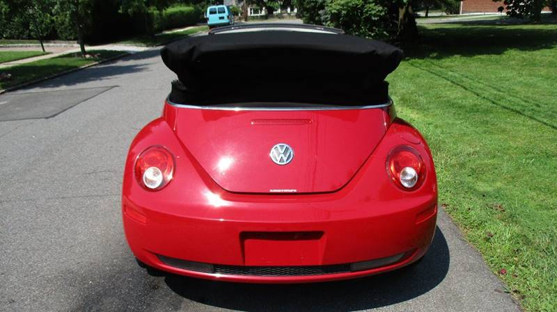 2008 Volkswagen New Beetle S 2dr Convertible 6A - Bronx NY