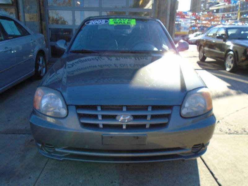 2005 Hyundai Accent GLS 4dr Sedan   Newark NJ