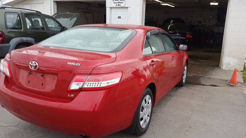 2011 Toyota Camry LE 4dr Sedan 6A - Bowling Green OH