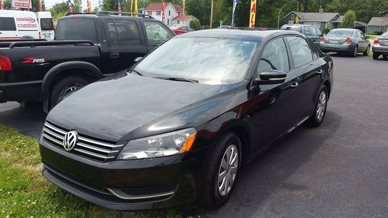 2013 Volkswagen Passat S PZEV 4dr Sedan 6A - Bowling Green OH